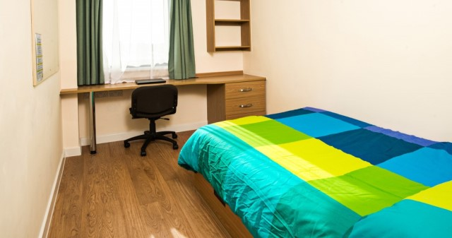 Sprachcaffe residence bedroom