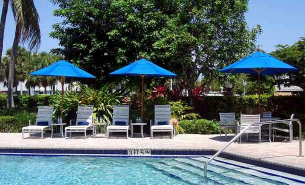 LAL-FLL-Accommodation-Courtyard-Marriott-pool
