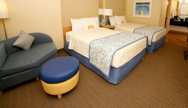 LAL-FLL-La-Quinta-Hotel-Residence-Double-Room-01